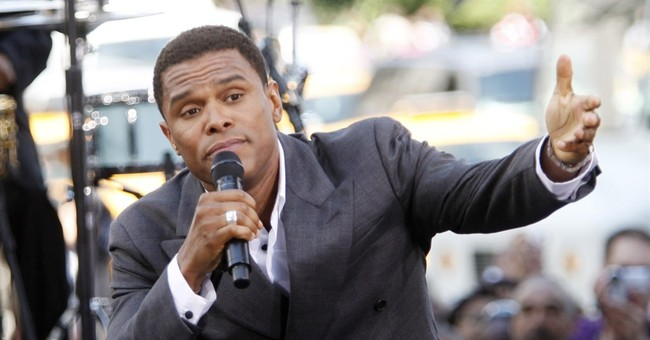 Maxwell plans for tour, new music & possible baby