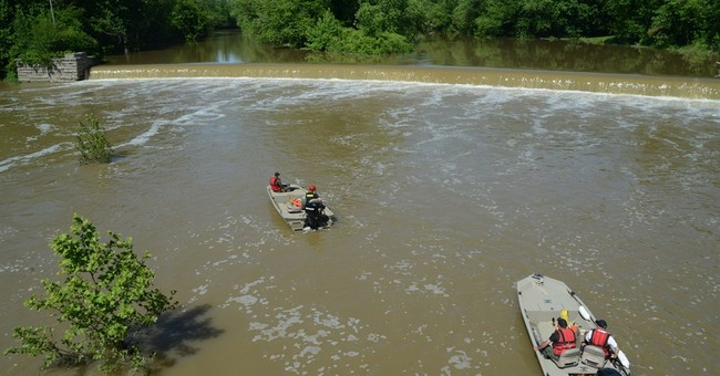 Boy, 17, missing after swimming mishap near dam