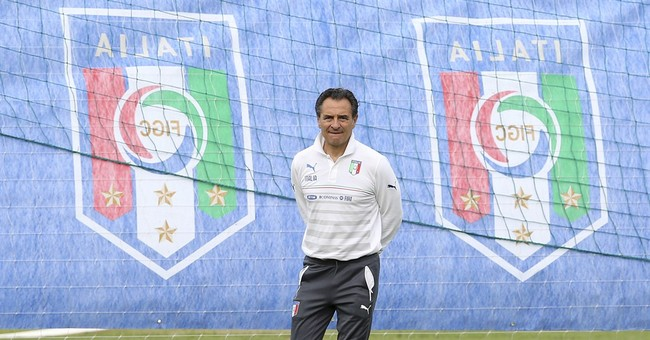 Italy finds serenity in seclusion at World Cup