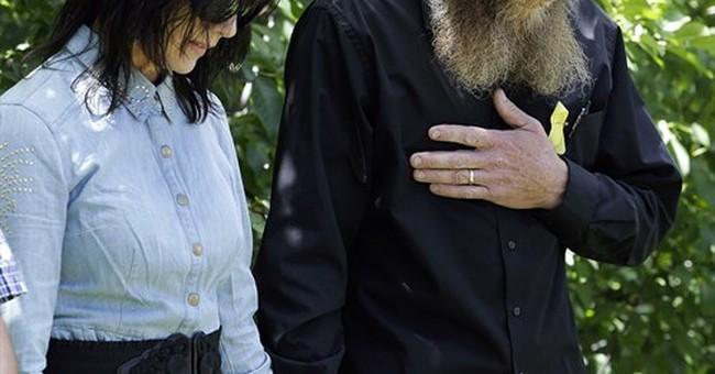 FBI investigates threats against Bergdahl family