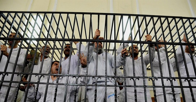 10 Islamists sentenced to death in Egypt