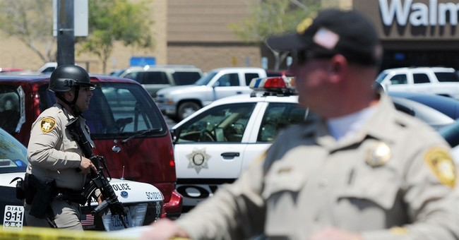 2 officers, 3 others dead in Las Vegas shooting