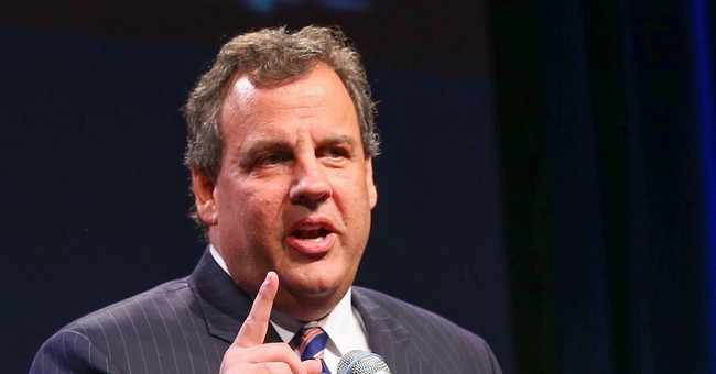 Christie plunges back into building 2016 coalition