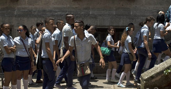 Cuba: 8 arrested in school exam cheating scandal