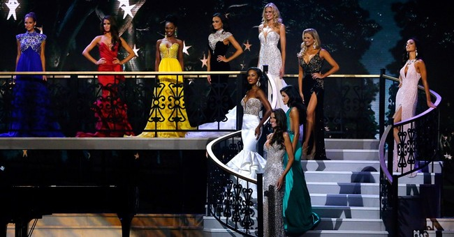 AP PHOTOS: Miss Nevada crowned as Miss USA