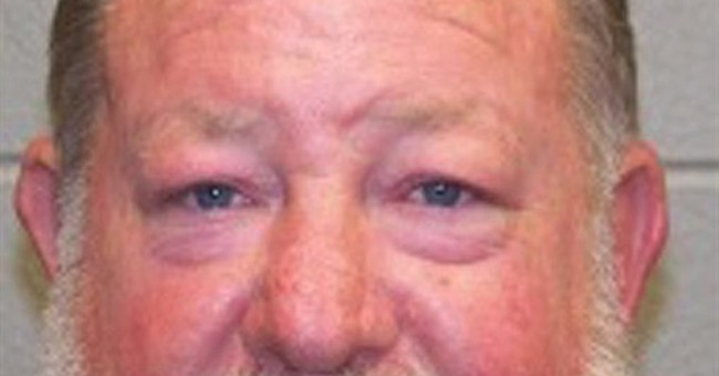 Alabama man charged in slaying gains support