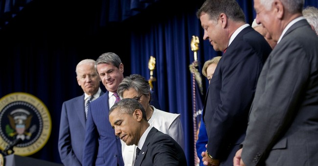 Obama signs $12.3 billion water projects bill