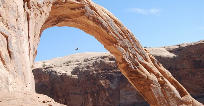 Iconic Utah arch could soon close to rope swinging