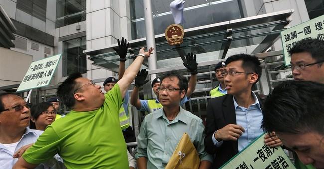 Business groups urge HK democracy protest rethink