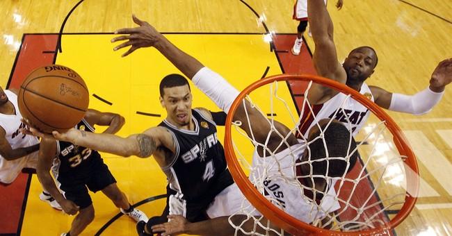 Leonard's career night lifts Spurs, 111-92