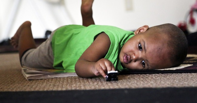 Minnesota toddler healing from 11-story fall