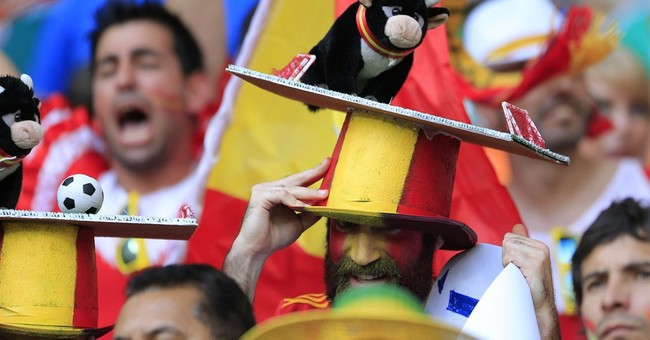 AP PHOTOS: Colorful fans stand out at World Cup
