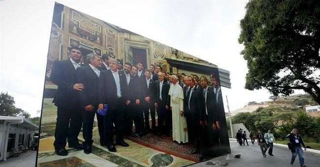 Argentine consular office rolling around Rio
