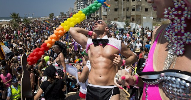 100,000 party at Israel gay parade, area's biggest