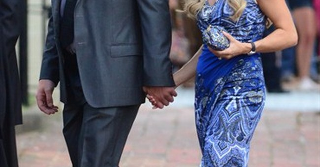 Country singer Kimberly Perry weds in Tennessee