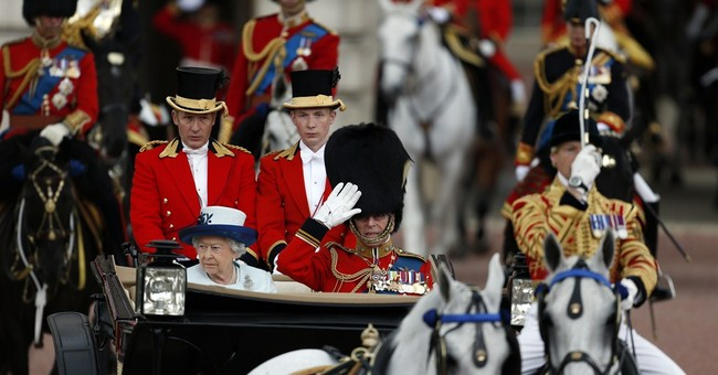 Troops parade in London for queen's birthday