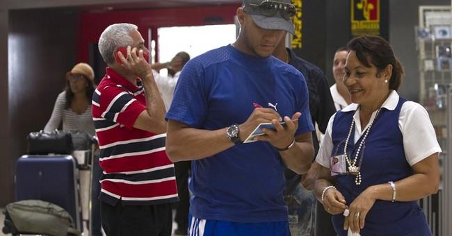 Cuba ballplayers chase dreams, big bucks, overseas