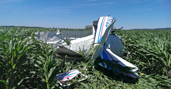 Pilot recounts bailing from damaged skydiver plane