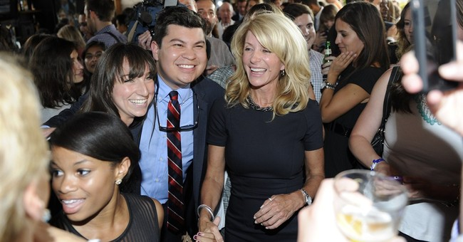 Wendy Davis going beyond Texas for campaign bucks