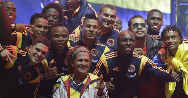 Vives brings Colombia team's families to World Cup