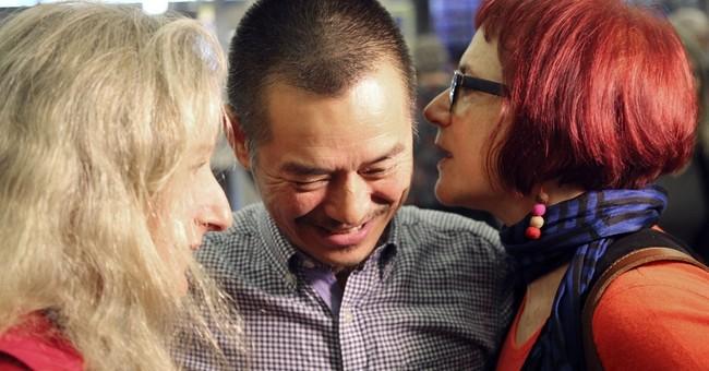 Australian artist detained in Beijing deported
