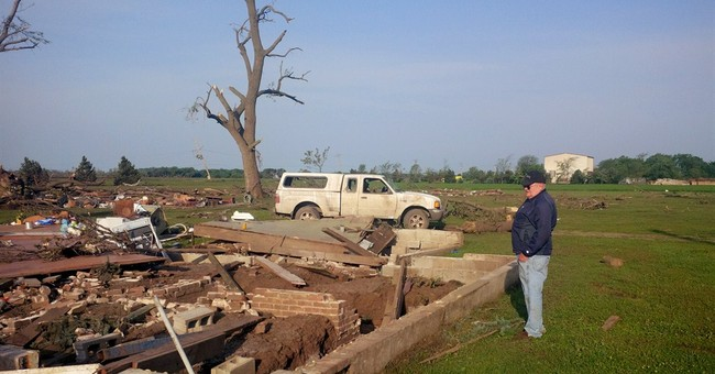 Tornadoes flatten tiny rural Nebraska town; 2 dead