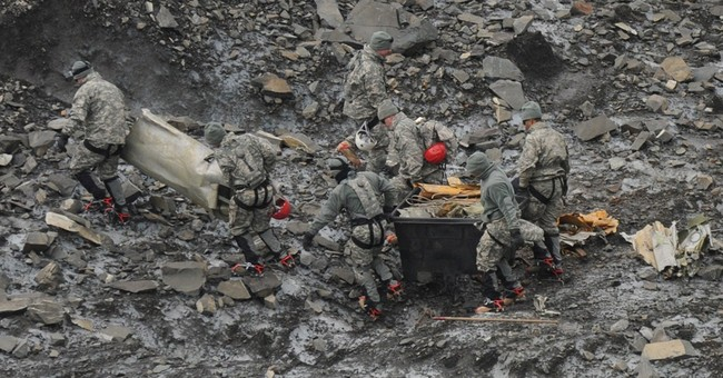 Military identifies 17 killed in '52 Alaska crash