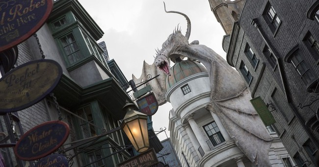 Universal: New Harry Potter area will open July 8