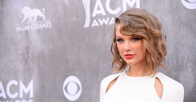 3 arrested outside Taylor Swift's RI beach house