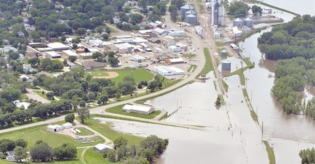 Cities fight Big Sioux River flooding in 3 states
