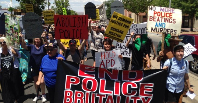 Albuquerque protesters put police chief 'on trial'