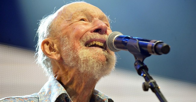 Seeger honored at 1st folk festival since he died