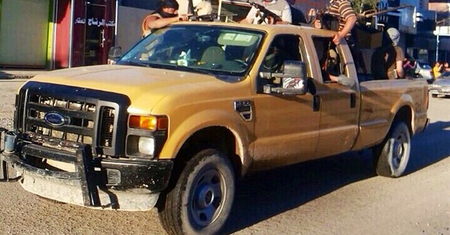 Militants blitz through Iraq's western desert