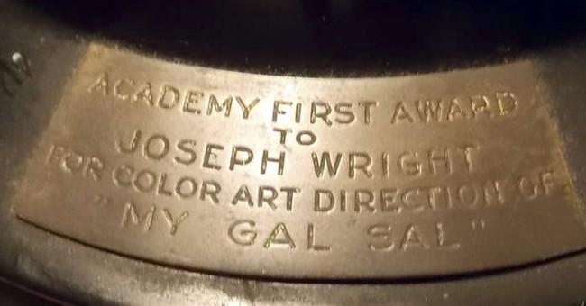 1942 Oscar auctioned in Rhode Island