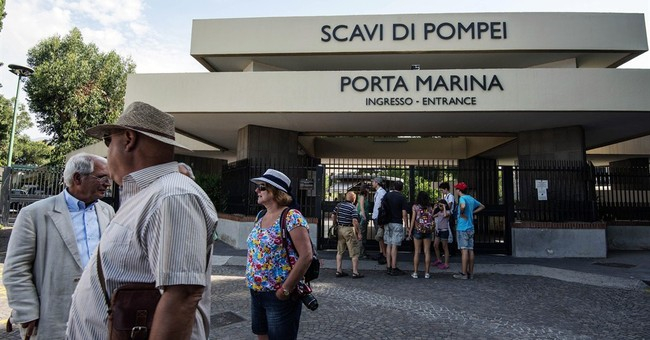 Labor dispute locks tourists out of Pompeii