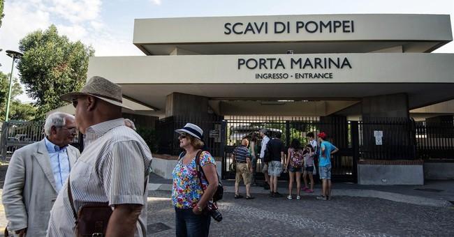 Labor dispute locks tourists out of Pompeii