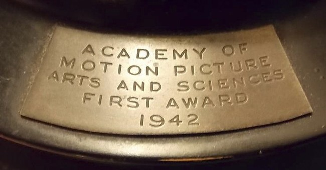 1942 Oscar auctioned in Rhode Island