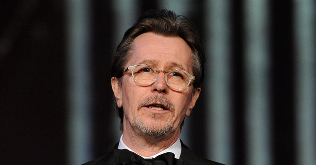 Actor Oldman comes to Gibson and Baldwin's defense