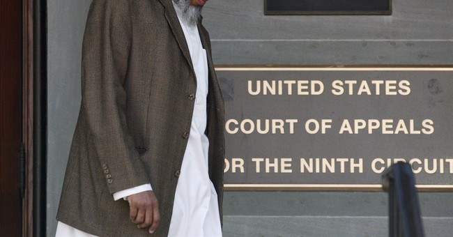 Judge: No-fly list violates constitutional rights
