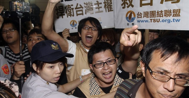 In a first, China sends a minister to Taiwan