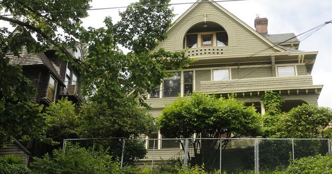 After uproar, Google executive to sell Oregon home
