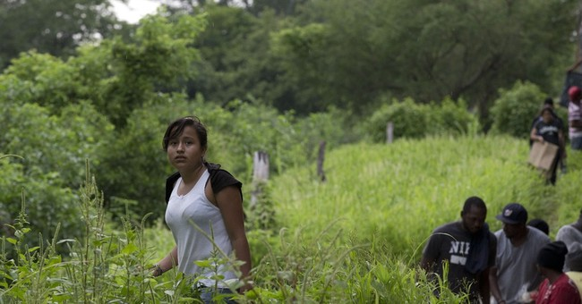 Child migrants head for US to flee crime, drawn by belief they are allowed to stay