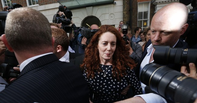 Rebekah Brooks 'vindicated' by hacking acquittal