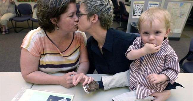 Boulder clerk issues same-sex marriage licenses