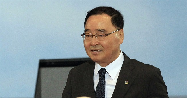 S. Korea's No. 2 to stay on after others pull out
