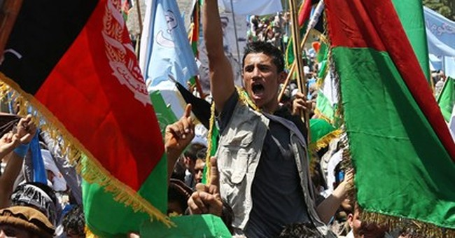 Thousands of Afghans protest alleged vote fraud