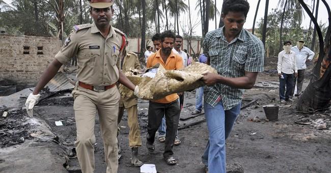 India pipeline blast kills 15 people, guts houses