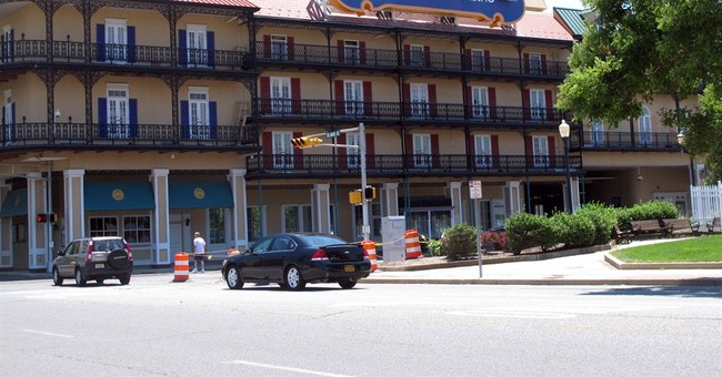 Caesars says will close Showboat casino on Aug. 31