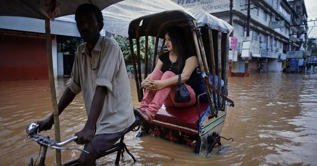Monsoon floods kill 11 in India, maroon thousands