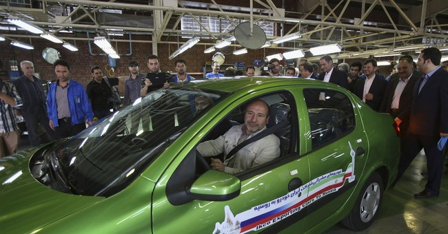 Iran resumes auto exports to Russia